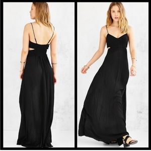 UO Ecote shipwrecked Maxi dress with cutouts Med